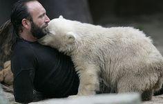 Thomas Dörflein and polar bear Knut