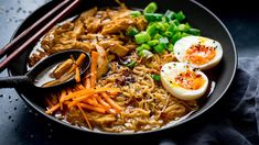 Quick & Easy Chicken Ramen Recipe that's ready in 20 Minutes! - YouTube Ramen Recipes, Asian Recipes, Dinner Recipes, Cooking Recipes, Healthy Recipes, Oriental Recipes, Easy Recipes, Dinner Ideas, Chicken Ramen Recipe