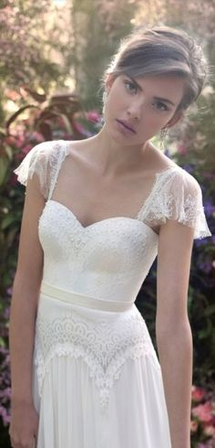 BODA CIVIL---  Flutter sleeves wedding dress. See the post at http://tulleandtwine.com/2014/1/21/six-quick-pics-tuesday-obsessions