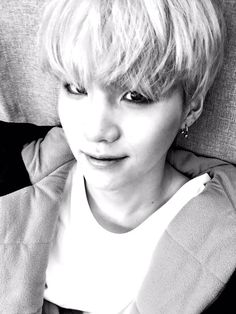 Suga why you gotta be so cute yet still have swag <3 방탄소년단 (@BTS_twt) | Twitter