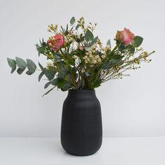 house-doctor-black-vase