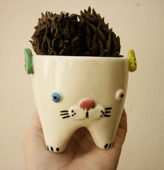 Cutecat Hand made ceramic pot