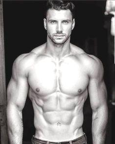 Kamil Nicalek, Male Model, Good Looking, Beautiful Man, Guy, Handsome, Hot, Sexy, Eye Candy, Beard, Muscle, Hunk, Abs, Six Pack, Shirtless 男性モデル