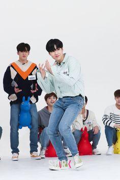 Resume Work, Innocent Man, Golden Child, Scene Photo, Korean Singer, New Music, Boy Fashion, Boy Bands, Idol