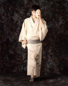 GACKT. In kimono. With a mask (Noh? Demon/youkai/spirit?)