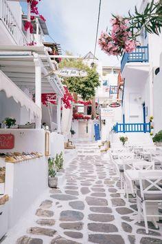 mykonos // an unexpected stop — prêt-à-provost Places To Travel, Travel Destinations, Places To Go, Beautiful World, Beautiful Places, Bar Deco, Greek Islands Vacation, Santorini Greece, Crete Greece