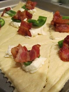 Bacon, Cream Cheese, Jalapeno and Crescent rolls. These are delicious! I made a few just with the cream cheese and bacon and they were just as tasty. Finger Food Appetizers, Yummy Appetizers, Appetizers For Party, Appetizer Recipes, Finger Foods, Thanksgiving Appetizers, Appetizer Ideas, Thanksgiving Feast, Thanksgiving Recipes
