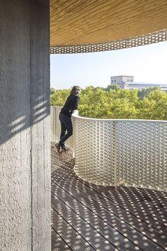 Gallery of Housing operation Île Saint-Denis / Périphériques Architectes - 11 Amazing Buildings, Modern Buildings, Stair Railing, Railings, Stairs, Saint Denis, Corrugated Metal, Building Facade, Facade Design