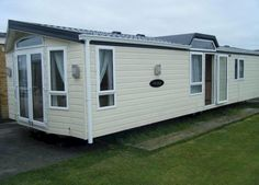 """https://etklettings.co.uk/holiday-homes-to-let/platinum-static-caravan-for-hire-on-skipsea-sands-east-yorkshire/  Dan's Dream... could soon be """"your dream"""" in the stunning Willerby Vogue, larger than most Static Caravans at 13ft x 42ft : book your luxury holiday on the stunning East Coast with Danielle today."""