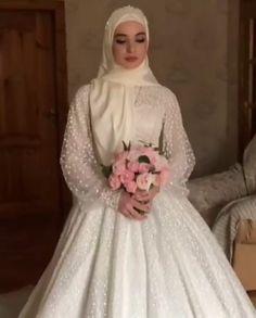 Muslim Wedding Gown, Muslimah Wedding Dress, Muslim Wedding Dresses, Muslim Brides, Wedding Dress Sleeves, Princess Wedding Dresses, Country Wedding Dresses, Black Wedding Dresses, Bridal Dresses