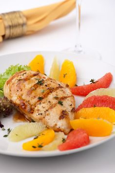 The best thing about grilled chicken is that it is so low in fat while providing your body with valuable protein that will keep it strong. Chicken contains plenty of amino acids that are the building blocks of muscle, but is a meal that is low in fat when the fat from the chicken breast is removed. If you are looking for the best meal to help you lose weight, shed some extra pounds, or diet without suffering, grilled chicken is the food for you.