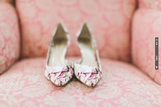 printed wedding shoes | CHECK OUT MORE IDEAS AT WEDDINGPINS.NET | #weddingshoes