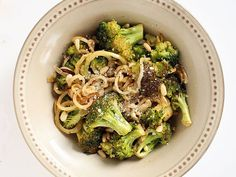 Garlic Broccoli Noodles With Toasted Pine Nuts | Healthy & Delcious Homemade Recipes Perfect For Brunch & Dinner, see more at http://homemaderecipes.com/healthy/11-vegetable-spiralizer-recipes