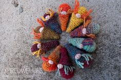 Gnomey Nuggets - A free crochet pattern.
