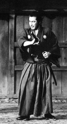 Toshiro Mifune starred in 170 feature films and had no formal training in the martial arts, but who would know. A great actor and great swordsman.no Yojimbo.no Seven Samurai. Finest Hours: All films that involved Akira Kurosawa Toshiro Mifune, Ronin Samurai, Samurai Warrior, Tattoo Samurai, 1961 Movies, Japanese Warrior, Japanese Film, Fritz Lang, Martial