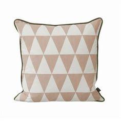 Large geometry tyyny - vaaleanpunainen - Ferm Living