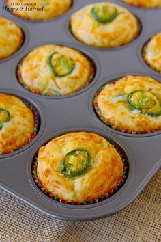 Fluffy, cheesy, golden muffins with the kick of slightly spicy jalapenos. Try them today for a snack, breakfast-on-the-go and even as a side for dinner. Jiffy Cornbread Recipes, Jalapeno Cheddar Cornbread, Jalapeno Recipes, Cheddar Cheese, Mexican Cornbread, Sashimi, Dessert Chef, Whole Wheat Muffins, Savory Muffins