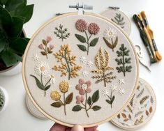 Floral Embroidery Patterns, Simple Embroidery, Machine Embroidery Patterns, Hand Embroidery Patterns, Cross Stitch Embroidery, Vintage Embroidery, Ribbon Embroidery, Herb Embroidery, Embroidery Books