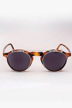 443a76f76e25 Sunglasses Men Style Tips, Clip On Sunglasses, Suits For Sale, Mens Glasses,