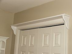 shelf above closet doors, Great for laundry rooms, mud rooms, bed rooms. Craft Room, Home Diy, Living Space Decor, Guest Bedrooms, New Homes, Art Deco Living Room, House, Home Projects, Room