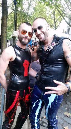 "gay-skinheads: ""Find a hot fuck buddy tonight: http://bit.ly/2lx3LR3 """