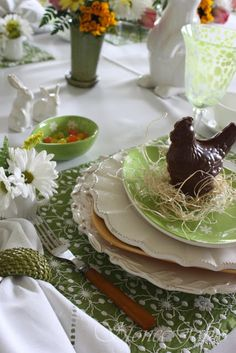 StoneGable: Fresh As A Daisy Easter Breakfast Table