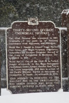 Wisconsin Historical Markers: Marker 82: Thirty-Second Division Memorial Highway...