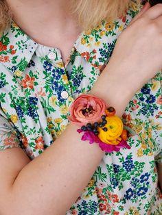Floral bracelets, we