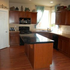 cabinets for l shaped kitchen | ... Kitchen Island With L Shaped Espresso Kitchen Cabinets And Double