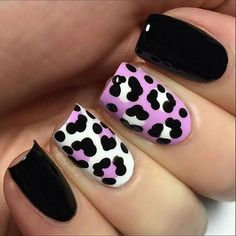Purple nail art designs look amazing on any nail length, so choose the design which matches well with your lifestyle. Women who always look for new nail art Fancy Nails, Diy Nails, Glitter Nails, Trendy Nail Art, New Nail Art, Leopard Print Nails, Leopard Prints, Animal Prints, Purple Nail Art