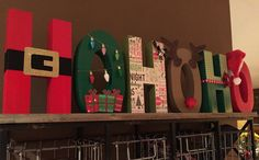 HOHOHO Letras madera Letras HoHoHo decoraciones de la Christmas Dyi Crafts, Merry Christmas To All, Christmas Wood, Outdoor Christmas Decorations, Christmas Signs, Xmas, Diy Letters, Wooden Letters, Letter Ornaments