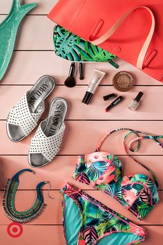 From beauty and bags to classic white and tropical prints, meet your new beach-bound faves. Because nothing goes better with summer than bikinis, bold necklaces, sandals, glowing skin and bright totes. Beach Flatlay, Bold Necklace, Monogram Tote, Flatlay Styling, Summer Bags, Summer Wardrobe, Chic Outfits, Bathing Suits, Fashion Accessories