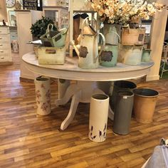Country Style Round Dining Table – Allissias Attic & Vintage French Style
