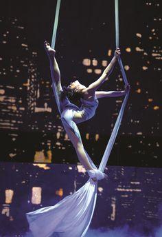 Cirque Eloize iD Aerial Acrobatics, Aerial Dance, Aerial Silks, Partner Acrobatics, Aerial Hammock, Aerial Hoop, Aerial Arts, Aerial Photography, Photography Poses