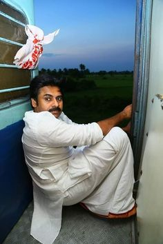 Pawan Kalyan stills from Vijayawada-Tuni train journey Pawan Kalyan Wallpapers, Heroes Actors, Telugu Hero, Galaxy Wallpaper, Hd Wallpaper, Allu Arjun Images, Galaxy Pictures, Power Star, Mahesh Babu
