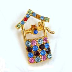 Wishing Well Brooch Pin Vintage 1980s Costume Jewelry Colored Rhinestones Goldtone Setting