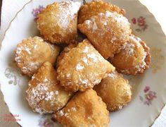 Bourekia is a sweet fried pastry made with a thin flaky phyllo, and filled with anari cheese. Greek Sweets, Greek Desserts, Greek Recipes, Desert Recipes, Greek Bread, Cyprus Food, Meal Calendar, Italian Lunch, Eat Greek