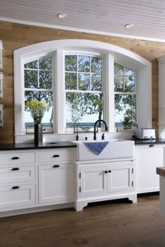 Big Kitchen Window Over Sink. I would even do the dishes. Arched Windows, Big Windows, Ceiling Windows, Big Kitchen, Kitchen Decor, Kitchen Wood, Kitchen Sinks, Kitchen White, Kitchen Window Dressing