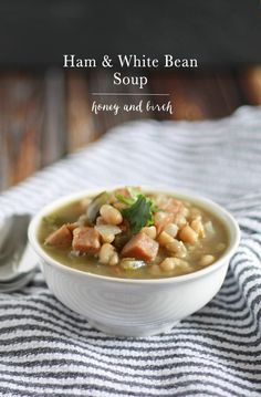 If you have a ton of leftover ham after Christmas or Easter dinner (or any dinner for that matter!), make this ham and white bean soup! Soup Beans, Ham And Bean Soup, White Bean Soup, White Beans, Quick Soup Recipes, Cooking Recipes, Cooking Blogs, Dinner Recipes, Bean Recipes
