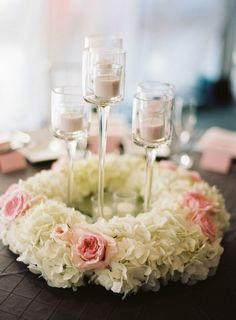 Flower Centerpieces on itsabrideslife.com #wedding #weddingcenterpieces #centerpieces #weddingflowers #tablescapes