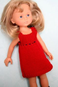 Une petite robe en laine, à combiner avec un sous-pull ou à porter sans rien dessous. Elle est tricotée avec des aiguilles n°3. Le devant...