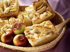 Apfel-Kokos-Kuchen mit Baiser - Zeit: 45 Min. | eatsmarter.de