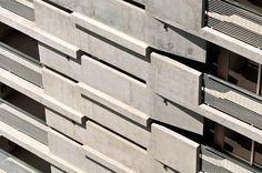 Mirador de hormigón/ Edificio Maipú de Nicolás Campodónico en Rosario