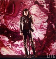 Retrô: Jim Morrison na revista LIFE, por Yale Joel