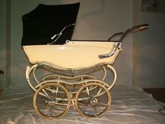 I sell my pram Silver Cross over 50 years old. I bought it a few years ago in Davos Switzerland. Maybe it was a pram used UK´s kings family, because they have a house in Klosters Switzerland. Price 4990,- euro. (mar10.snb(at)centrum.cz