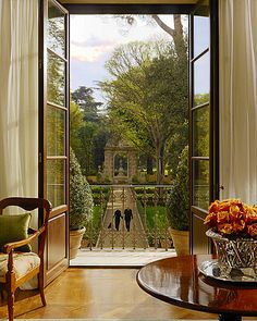 Garden of Four Seasons Hotel, Firenze, Italy