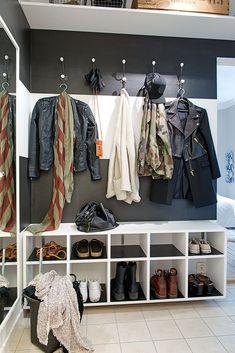 Trendy Small Walk In Closet Designs Laundry Rooms Ideas Diy Walk In Closet, Walk In Closet Design, Simple Closet, Closet Designs, Entryway Closet, Hallway Storage, Wall Storage, Closet Storage, Ikea Closet Organizer