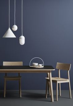 Find stylish lighting solutions from innovative designers including Muuto & Kartell in the Utility Design modern designer lighting sale. New Furniture, Furniture Design, Discount Furniture, Dining Chairs, Dining Table, Dining Area, Piece A Vivre, Deco Design, Ceiling Lamp