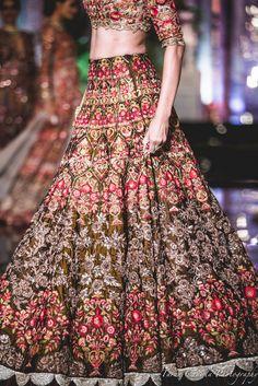 64 Ideas for bridal wedding lehenga couture week Indian Lehenga, Bridal Lehenga Choli, Sabyasachi Lehengas, Manish Malhotra Lehenga, Sarees, Lehenga Wedding, Indian Bridal Outfits, Indian Dresses, Bridal Dresses