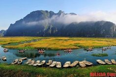 Among other destinations in Ninh Binh, Van Long Wetland still attract a number of visitors every years